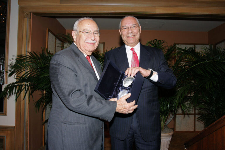 Nezir Kirdar (Iraq and Turkey '57) with General Colin L. Powell, USA (Retired)